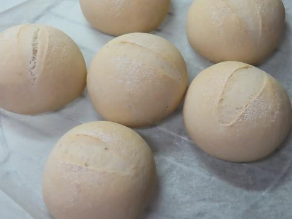 グルテンパウダー入り米粉パン